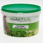 wendals-pure-garlic-salt-lick-8330-1400055901-jpg